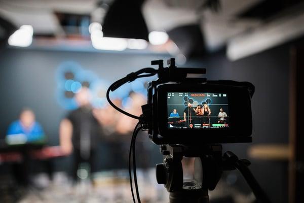 filming-live-stream
